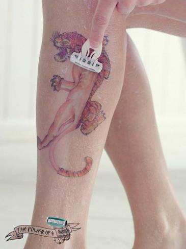 pub-rasoirs-geek-schick-tatoo3